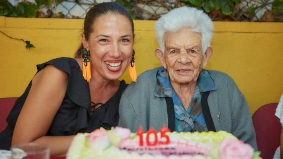 El secreto de doña Fena para cumplir 105 años: gofio, papas guisadas y arroz hervido