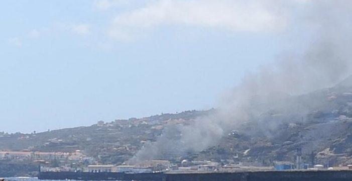 Susto por el incendio en un polígono industrial en La Palma