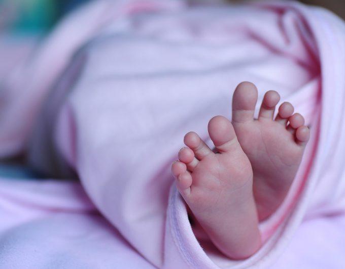Un bebé prematuro muere tras estar diez horas por error en la morgue de un hospital