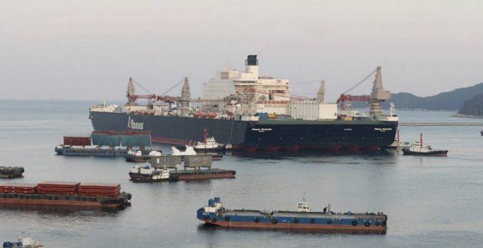 El mayor barco del mundo en volumen se reparará en Granadilla
