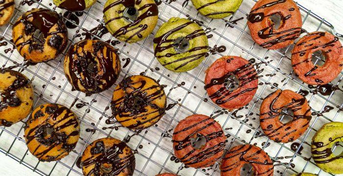 Receta de donuts saludables para niños, llenos de color