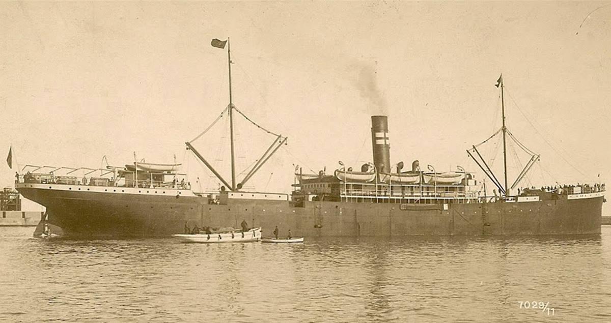 El vapor Valbanera, buque correo trasatlántico español, fue construido en 1906 en  Glasgow. DA