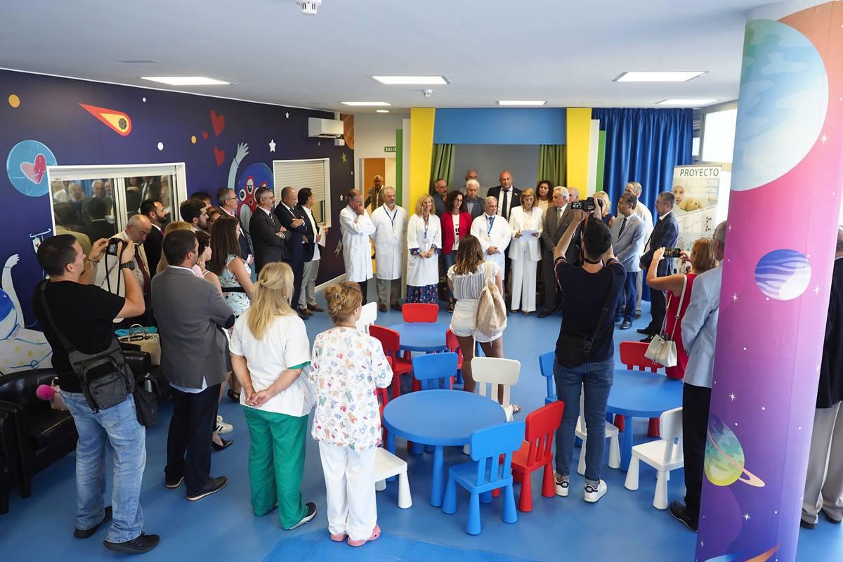 La nueva zona de ocio del Hospital de la Candelaria tiene también espacio para pacientes adolescentes. Sergio Méndez