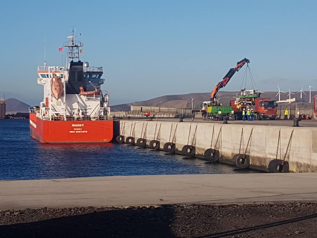 Imagen del buque atracado en el puerto de Granadilla. DA