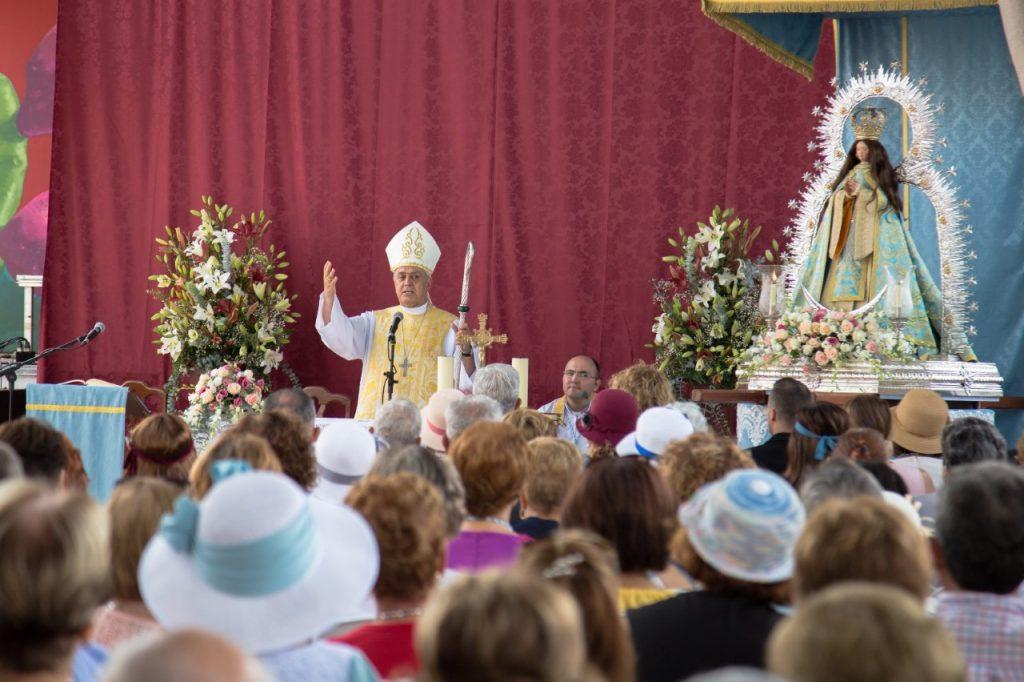 El barrio de La Concepción celebra el centenario de su Ermita con una bajada extraordinaria de Nuestra Señora de La Concepción a diferentes zonas
