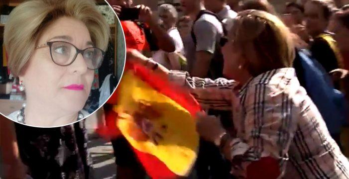 """Habla María, tumbada ayer de un puñetazo por 'provocar' a los manifestantes: """"Me da pena"""""""