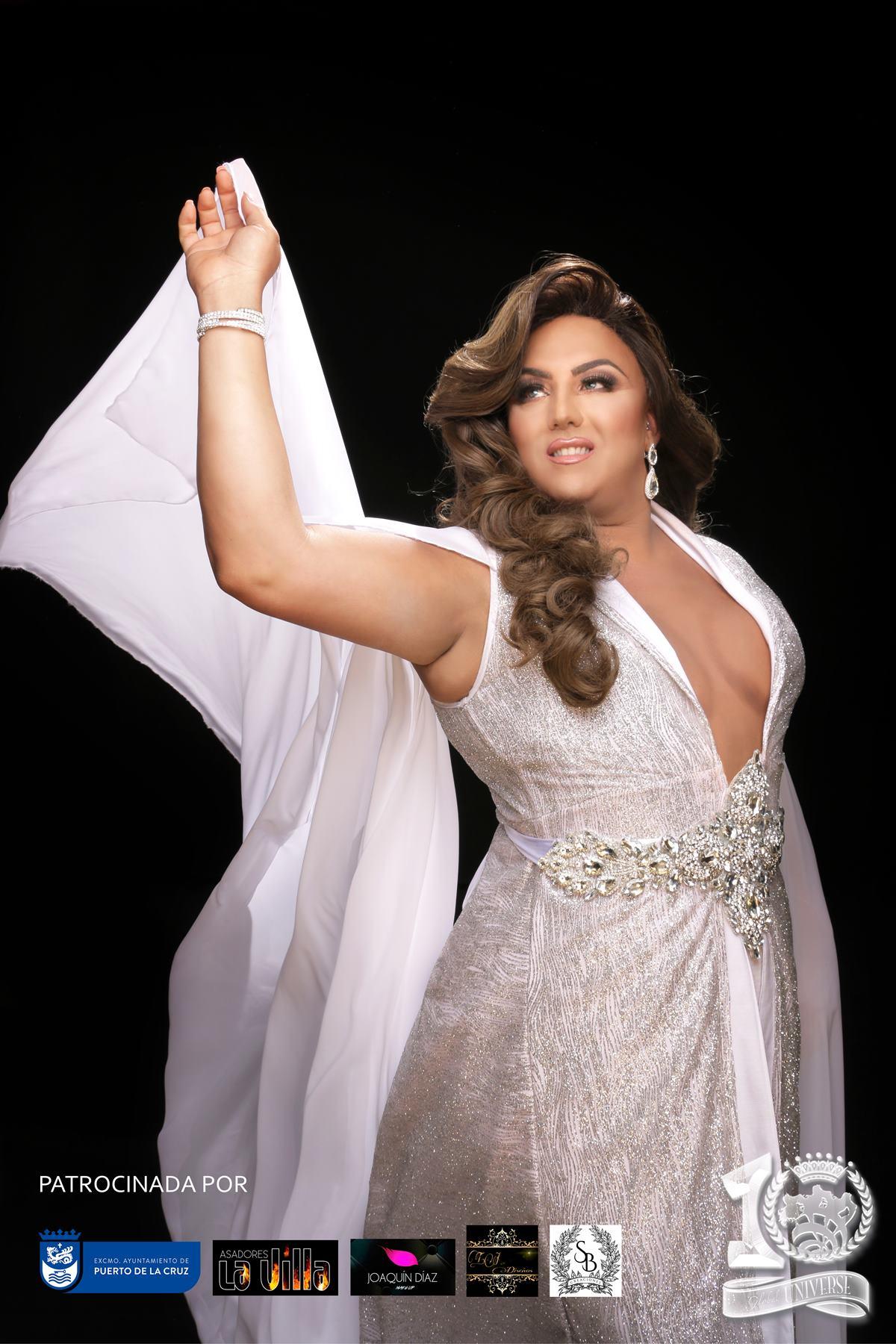 Esta es Natacha Domínguez, representante de Egipto XL