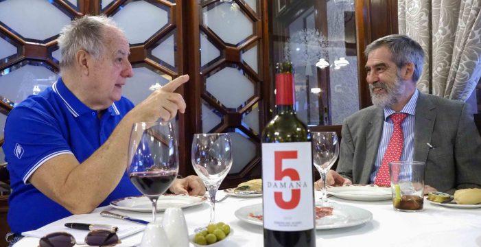 """José Manuel Fernández-Sabugo: """"Paramos la producción por razones económicas y porque queremos que los terrenos pasen  un día a la ciudadanía"""""""