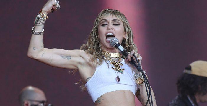 Miley Cyrus ingresa en el hospital