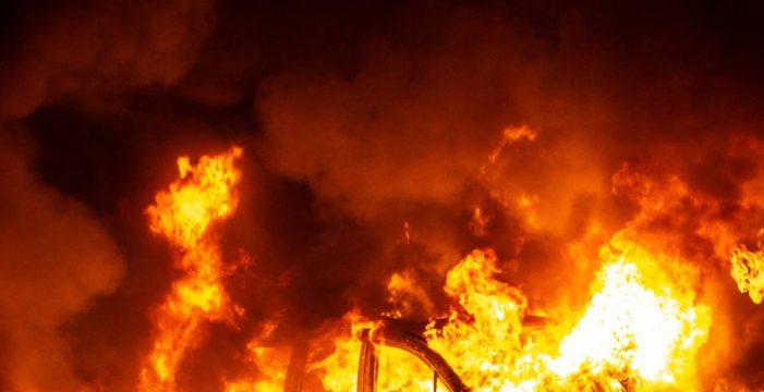 El independentismo violento siembra Cataluña de fuego y caos