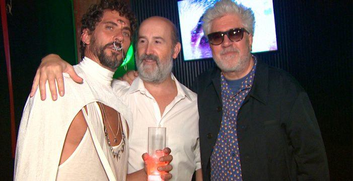 Galáctica y surrealista fiesta de cumpleaños de Paco León