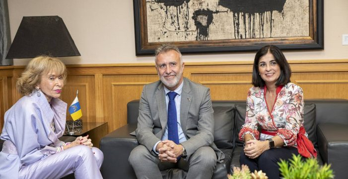 Canarias firma una subvención de sensibilización sobre el ébola
