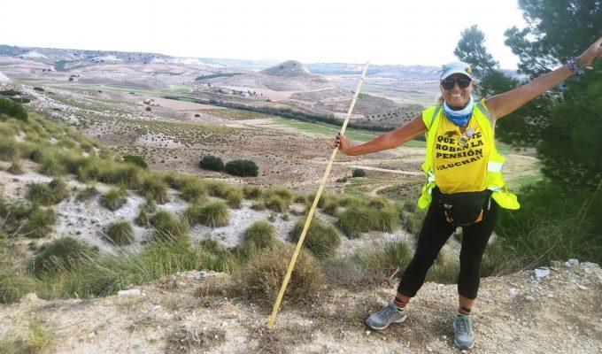 La canaria Elvira Olmo recorre 700 kilómetros por una pensión digna