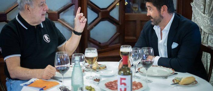 Andrés Chaves (Iz) y Roberto Ucelay Jorge. Sergio Méndez
