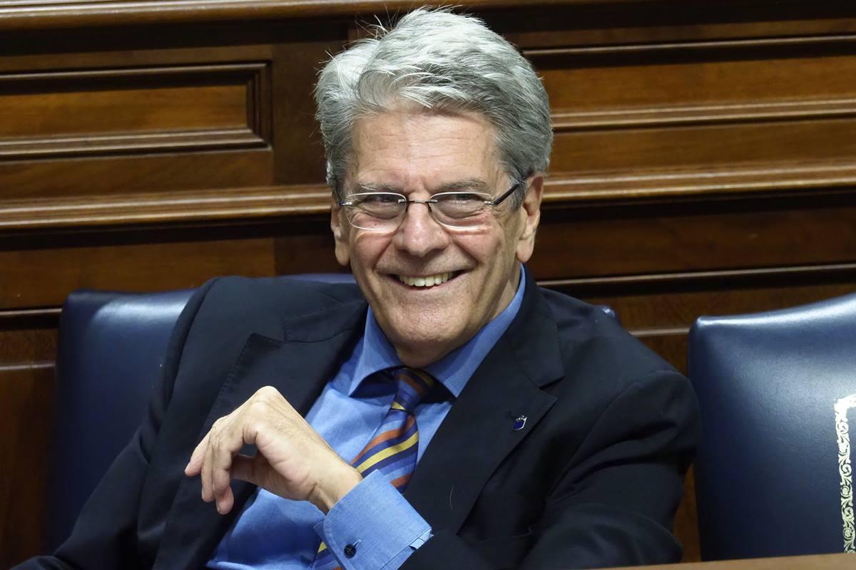 Julio Pérez, consejero de Administraciones Públicas, Justicia y Seguridad del Gobierno de Canarias. Sergio Méndez