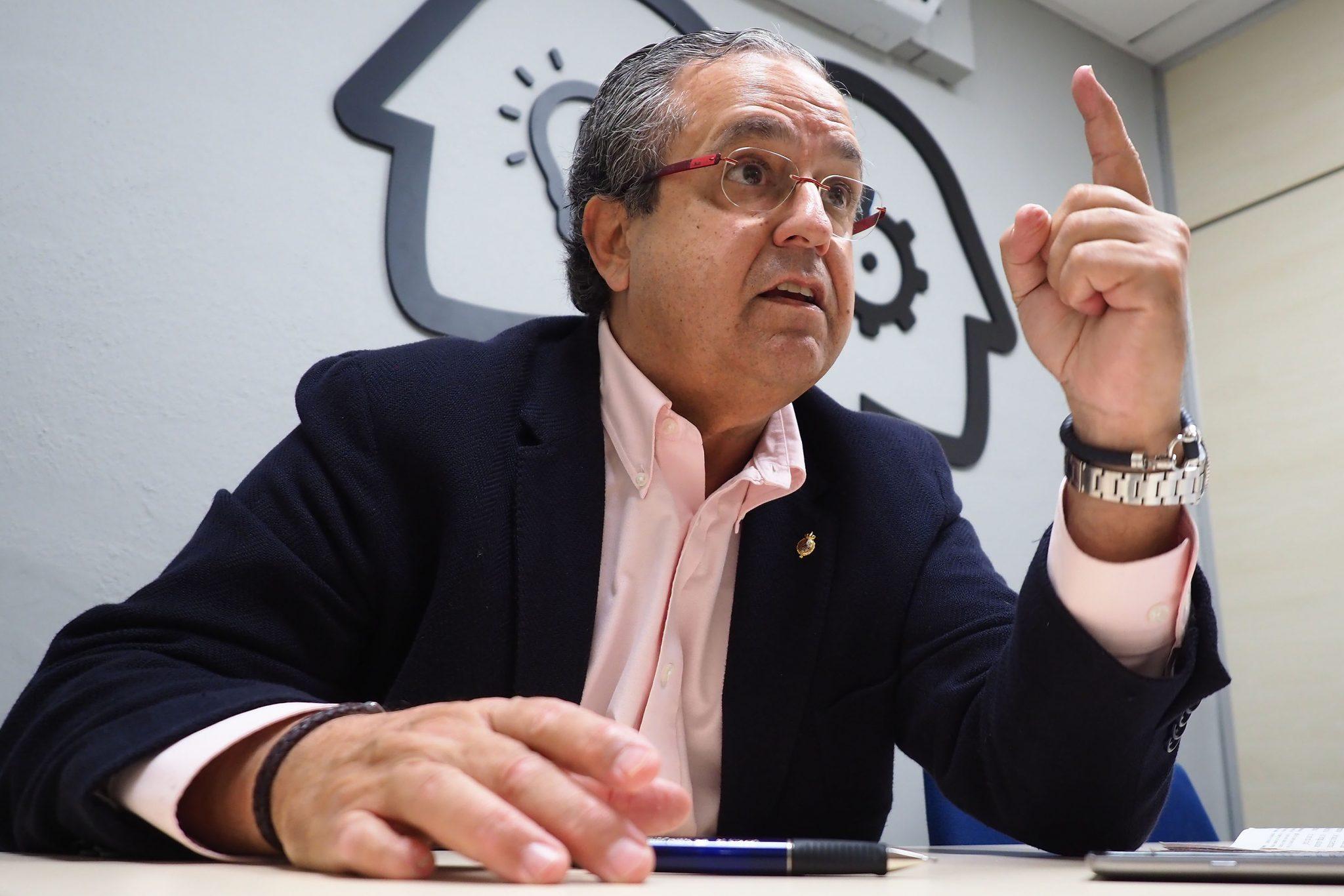 Antonio Alarcó, candidato del PP al Senado por Tenerife. / SERGIO MÉNDEZ