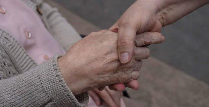 Los enfermos de Alzheimer son más vulnerables que nunca por culpa de la COVID-19