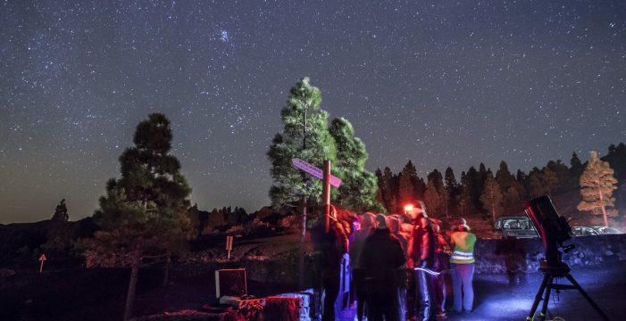 Educación en astronomía para los jóvenes palmeros, posible beneficio del TMT