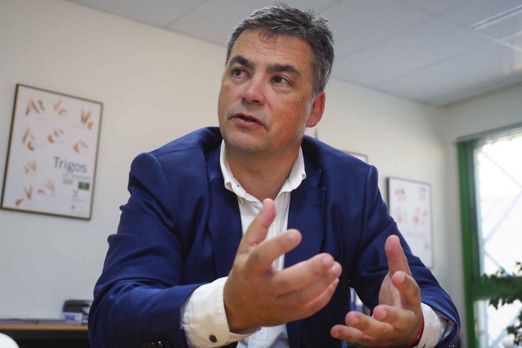 Javier Parrilla, consejero de Agricultura, Ganadería y Pesca, asegura que centrará sus esfuerzos en hacer llegar el agua a las medianías. SERGIO MÉNDEZ