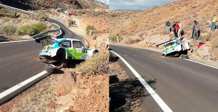 Yeray Lemes lídera por la mínima el 45º Rally Isla Tenerife, marcado por un aparatoso accidente sin consecuencias graves