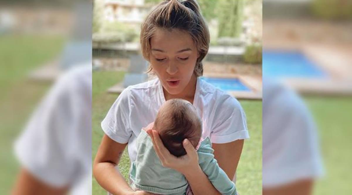 Laura Escanes y su hija Roma. Instagram