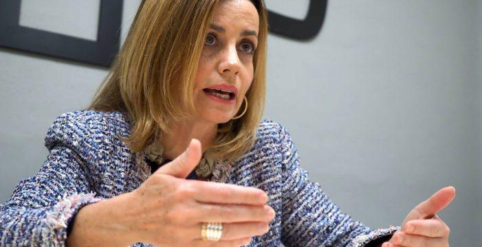 """Ana Zurita (PP): """"Es un alarde impropio y una irresponsabilidad de CC creerse la voz de Canarias"""""""