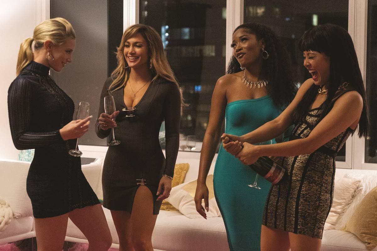Lili Reinheart, Jennifer López, Keke Palmer y Constance Wu protagonizan 'Estafadoras de Hollywood'. DA