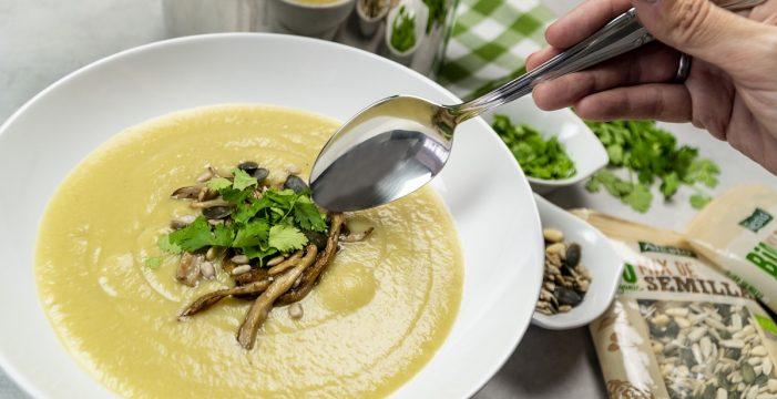 Receta de crema de verduras con coliflor al estilo thai