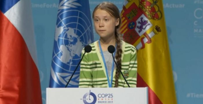 """Greta Thunberg reprocha a los políticos que usen la Cumbre para """"negociar lagunas"""""""