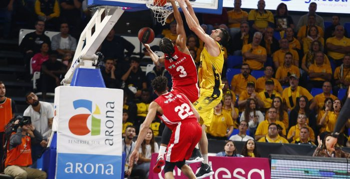 Los triples de Santi Yusta, claves en la victoria del Iberostar Tenerife ante el MoraBanc (76-86)