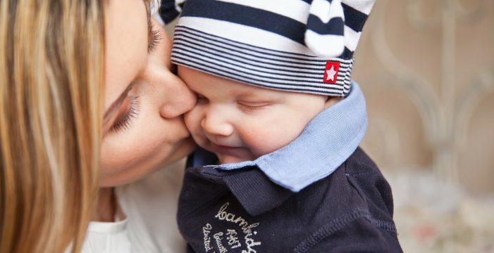 Europa tumba el complemento de maternidad de las pensiones sólo para mujeres