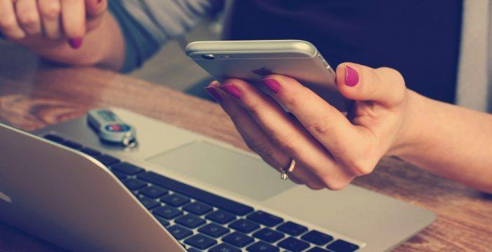 El peligro que corres si insultas a tu jefe en Internet: una empleada tuvo que pagar hasta 800 euros