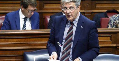 """Sanidad admite que los datos en Canarias invitan a la """"esperanza"""""""