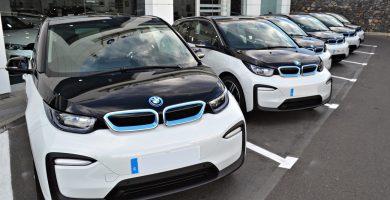 Canaauto entrega diez BMW i3 100% eléctricos a Cicar