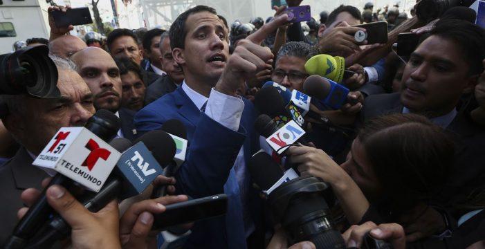 La Asamblea Nacional de Venezuela ratifica a Guaidó como presidente en una sesión alternativa