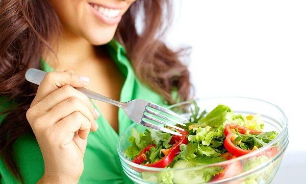Las dietas 'Realfooding' o el ayuno intermitente, las más recomendadas para perder peso
