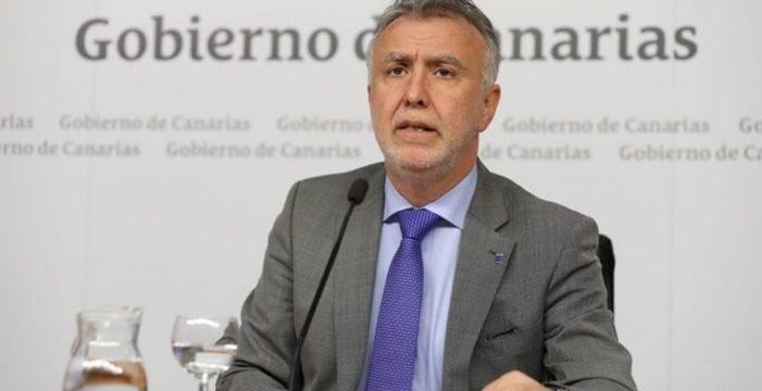 Torres pedirá al Gobierno la transferencia de competencias en materia aérea, de costas y hacienda