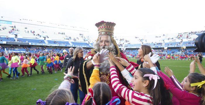 18.000 gargantas aclaman a los Reyes