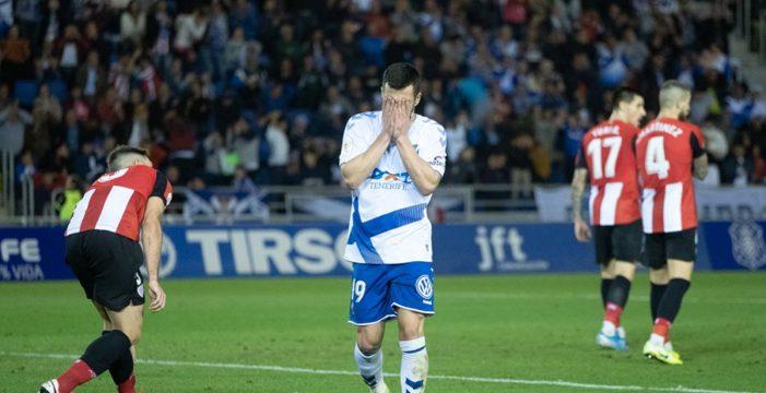 El Tenerife roza la gloria y cae en los penaltis ante el Athletic