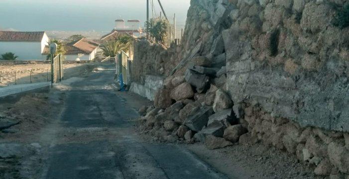 Vecinos de Granadilla denuncian la falta de actuación ante el derrumbe de una carretera