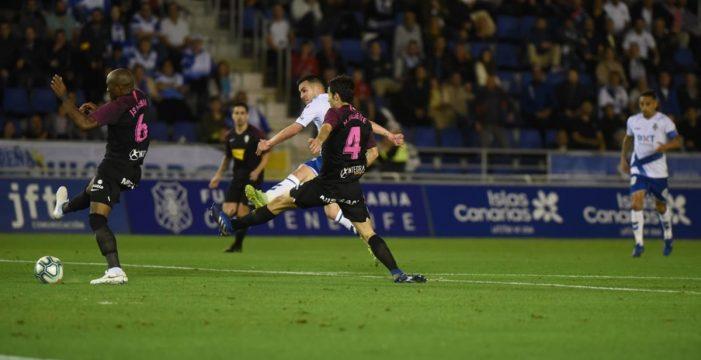 El Tenerife logra un importante triunfo ante el Sporting (2-1)