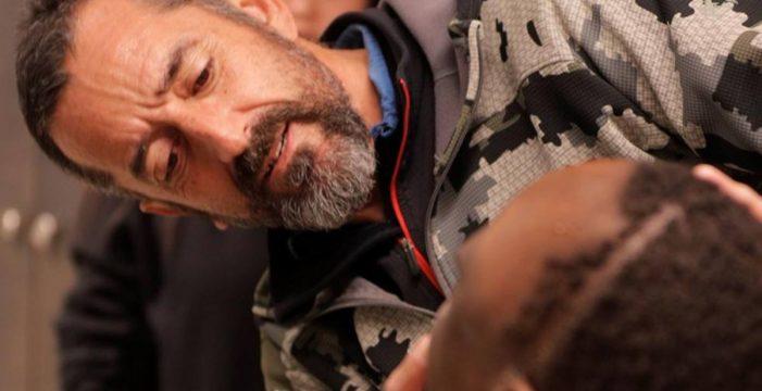Pedro Cavadas, el cirujano que evitó la muerte de un niño a causa de un tumor más grande que su cabeza