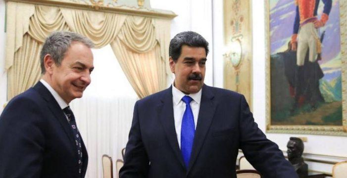 Zapatero se reúne con Nicolás Maduro y Delcy Rodríguez en Caracas