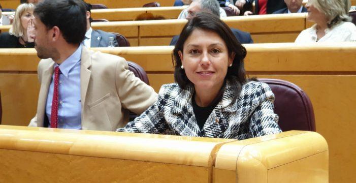 """Paloma Hernández Cerezo: """"Crear una comisión específica sobre la insularidad nos aislaría más de la Península"""""""
