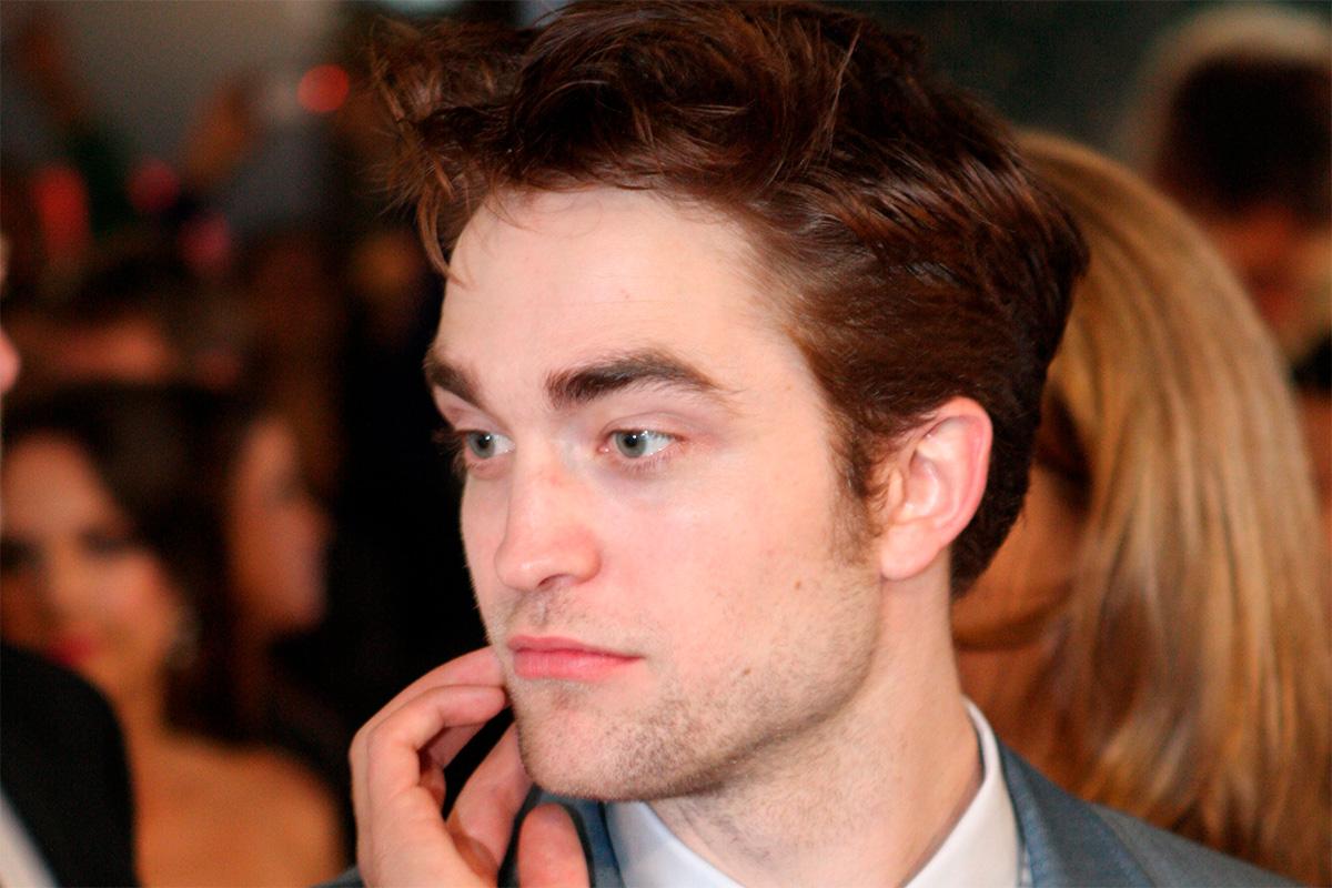 Robert Pattinson provoca la locura con su primera imagen como Batman