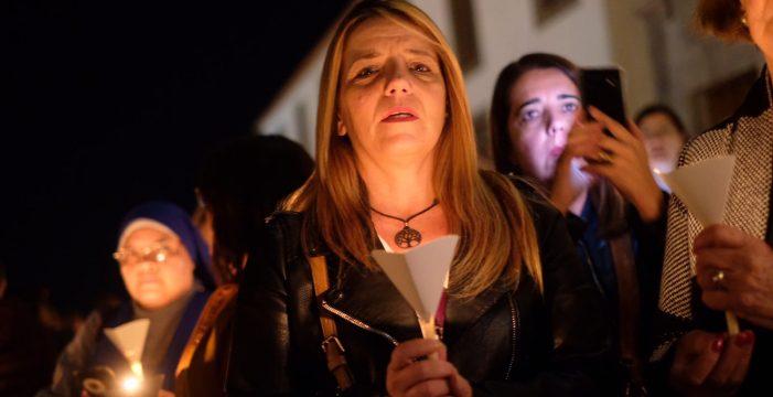 Las candelas prenden el fervor por la Virgen de Candelaria