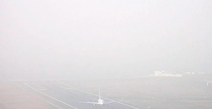 La intensa calima obliga a frustrar aterrizajes y desviar vuelos en Lanzarote