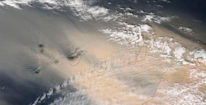 EN VIVO   Así está siendo el paso de la tormenta de viento y calima en Canarias