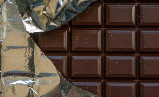 Nueva alerta alimentaria: Sanidad recomienda evitar el consumo de este chocolate