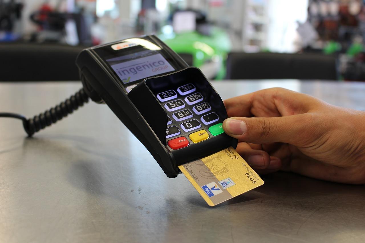 Pago con tarjeta de crédito. Pixabay